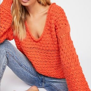 """NWT Free People """"Crashing Waves"""" Pullover. Size M"""